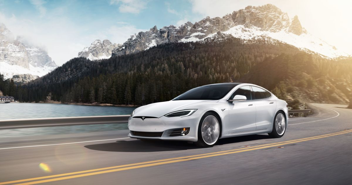 Tesla Model S Gets 402-mile EPA Rating
